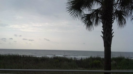 Best Western Plus Grand Strand Inn & Suites: View from our room.
