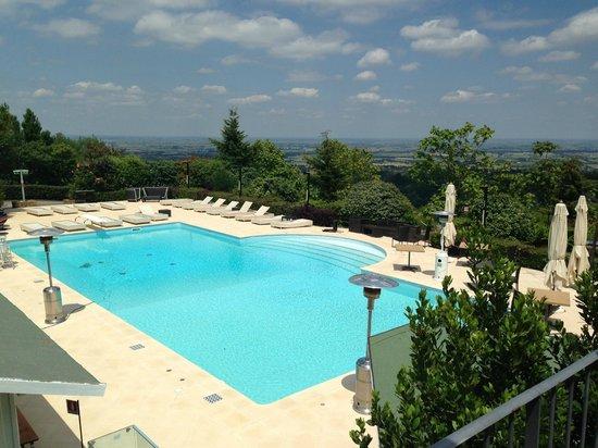 Hotel Monte Del Re: La vista della piscina mozzafiato!!!!