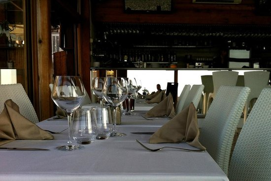 Restaurant A Siesta - Ile Rousse : Sauber eingedeckt