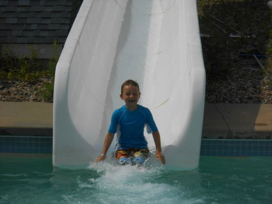 Liquid Planet Water Park : my 6 year old loving the slide
