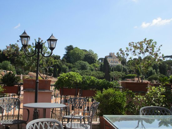 Piranesi Palazzo Nainer Hotel: View from the roof-top terrace