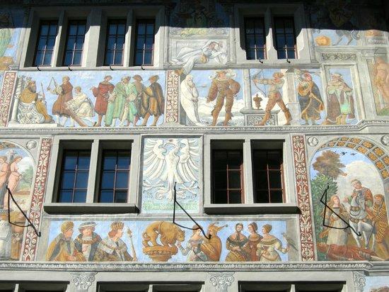 Hotel Adler: façade de l'hôtel Adler