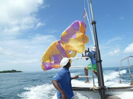 Hotel Riu Palace Tropical Bay : parasail