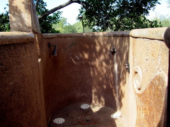 Outdoor Dusche Picture Of Makalali Private Game Lodge