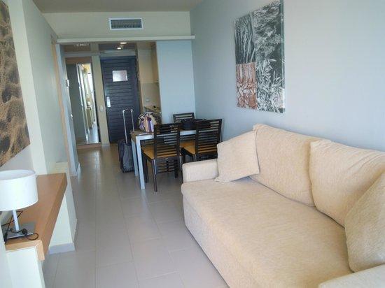 L'Ampolla, Spagna: sala apartamento
