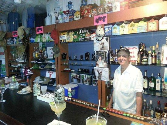 Beuchert's Beer Garden : This is the Owner. :-)