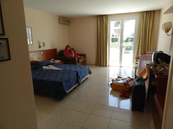 Apollon Hotel : kamer