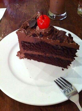 Joma Bakery Cafe: chocolate cake at JoMA Laos