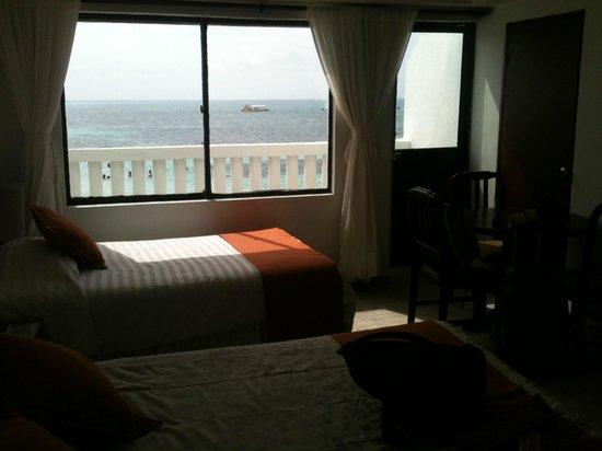 Hotel Lord Pierre: Habitacion piso 2