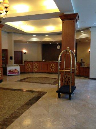 Crowne Plaza Harrisburg-Hershey: Lobby