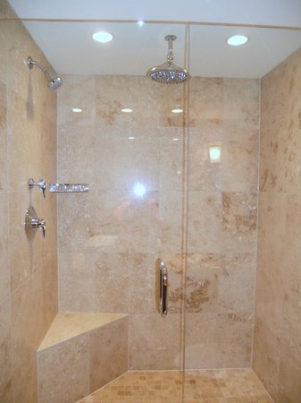 The Lodge at Jackson Hole: king suite shower
