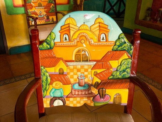 La Hacienda : Chair in lobby