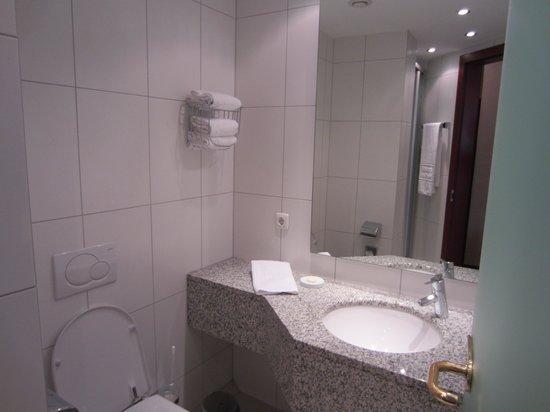 Insel Hotel Bad Godesberg: Bath