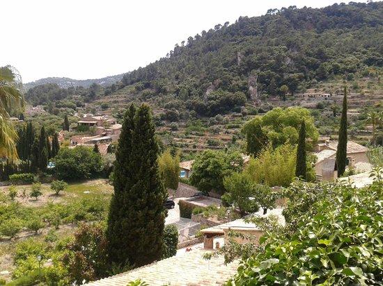 Casa de Sa Miranda: Vista parcial desde el comedor de la terraza.