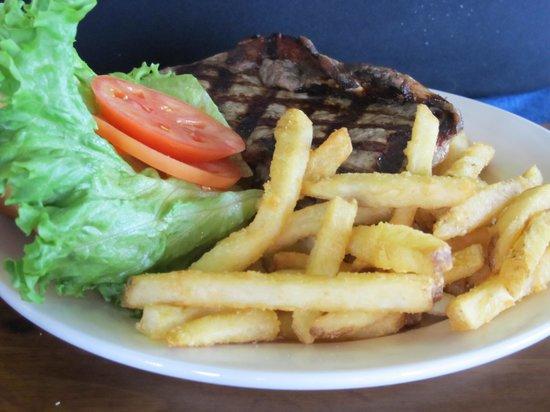 Taste of Maine Restaurant: Yummy burger