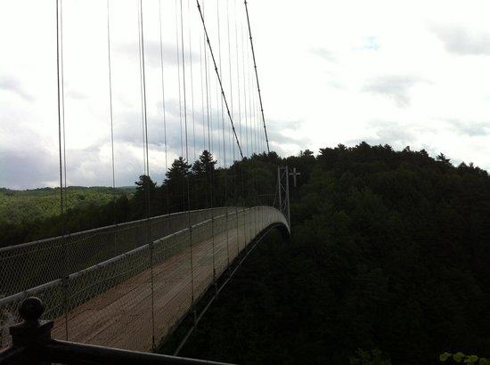 Parc de la Gorge de Coaticook: Side view
