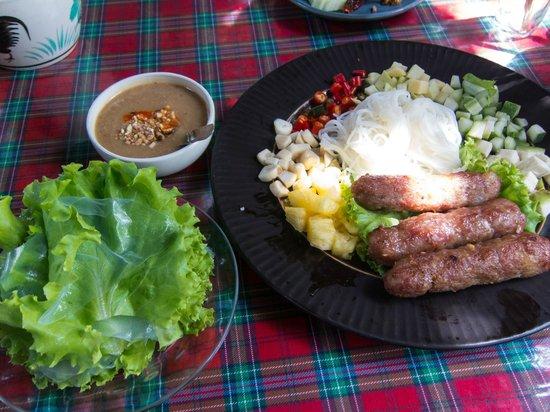 Pa Nual: vietnamese sour sausage