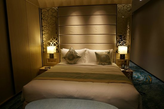 Resort World Sentosa - Beach Villas™: Bedroom