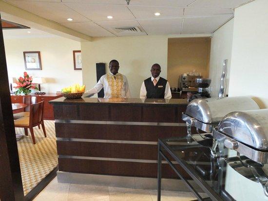 Mövenpick Royal Palm Hotel Dar es Salaam: executive lounge