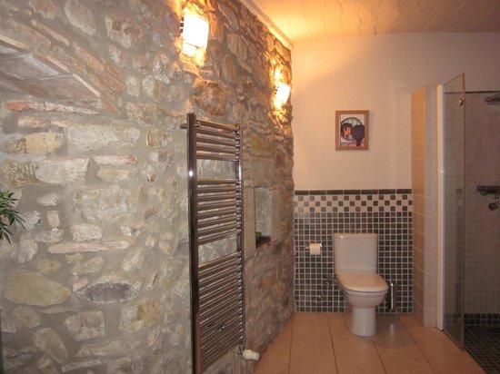 Casa Matilda Bed and Breakfast: Baño Suite