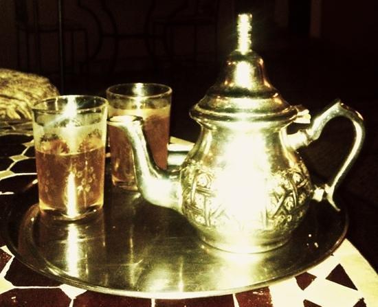 Riad Anya: te alla menta, sempre a disposizione degli ospiti. Delizioso!!