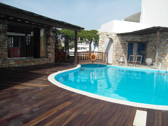 Aloni Hotel: Pool