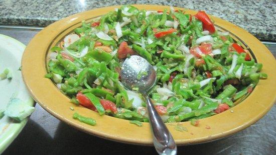 Hammamet Azur Plaza : une salade de felfel