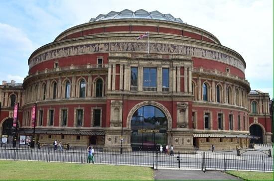 Quidam Cirque du Soleil, The Royal Albert Hall, London, England: Royal Albert hall.