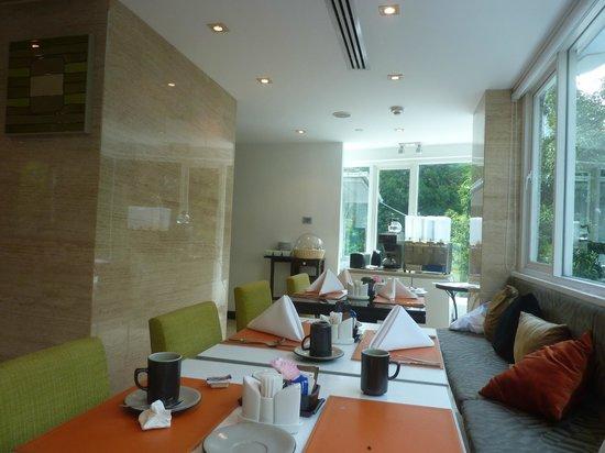 SilQ Bangkok: sala pequenos almoços