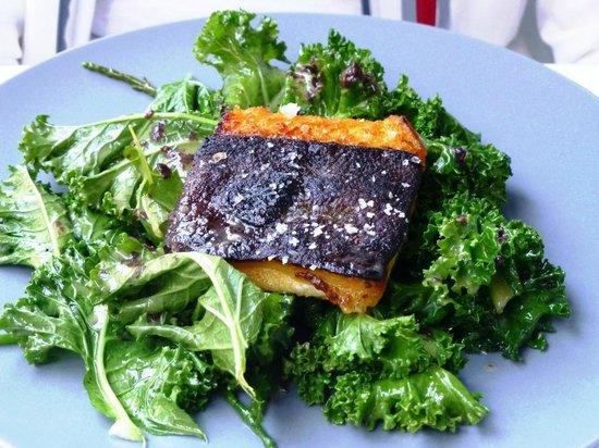 NEDE Restaurant: Hauptgericht - Heilbutt, Gemüse