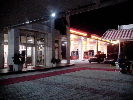 Al Petrol Hotel Vita: εξαιρετικο