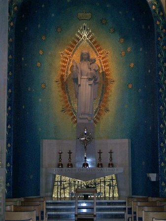 Basilica of the National Shrine of the Immaculate Conception: Our Lady of Siluva altar