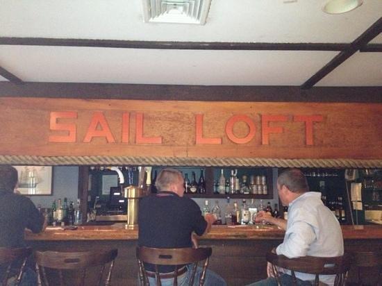 Black Seal Seafood Grille : Cozy, seafarers bar