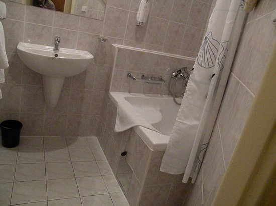 Hotel West : bagno