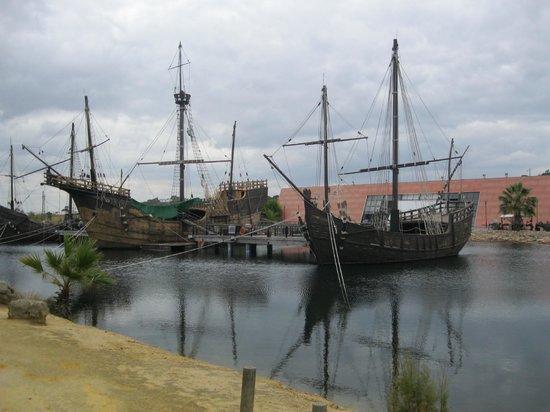Muelle de las Carabelas: Blick von der Gegenseite