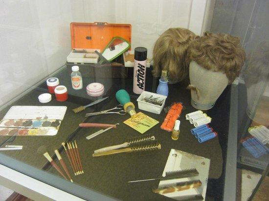 Museum in der Runden Ecke (Museum in the Round Corner) : Disguises