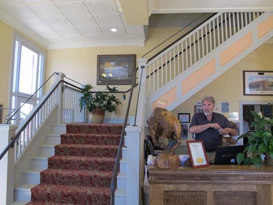 The Windsor Hotel : Steve at the Front Desk