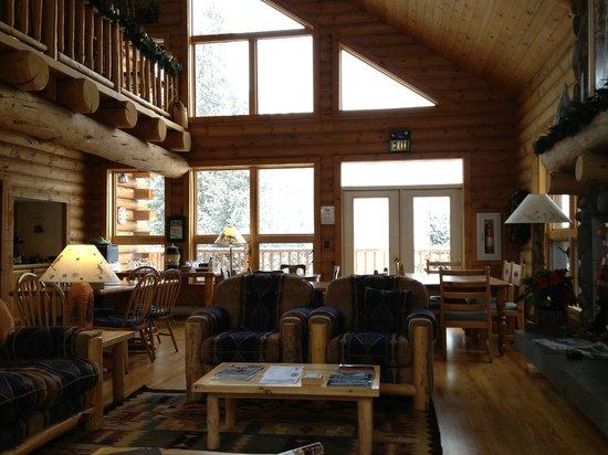 The Bivvi Hostel: Livingroom
