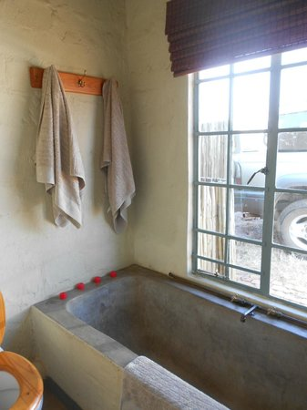 Saamrus Guest Farm: bathroom with clean towels