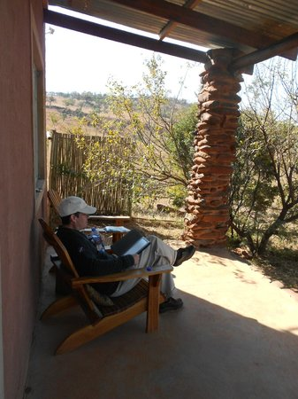 Saamrus Guest Farm: relax on the patio