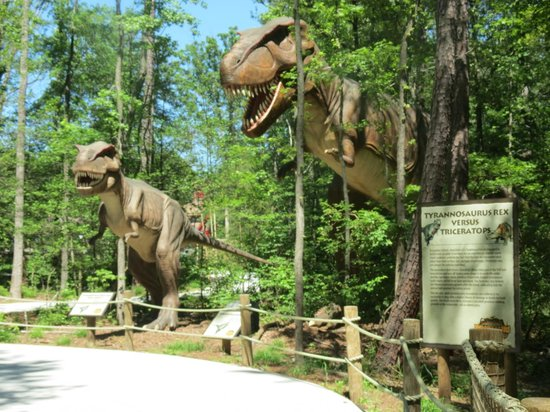 Doswell, Wirginia: Dinosaurs Alive! Worth the $5.00
