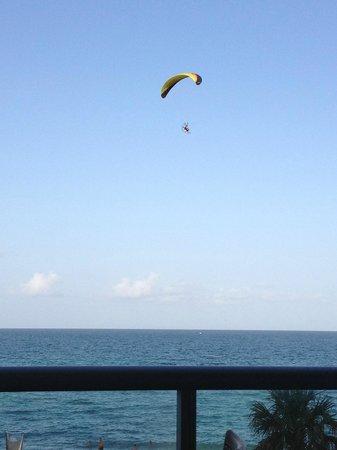 Alba Seaside Italian: VIsta hacia el oceano