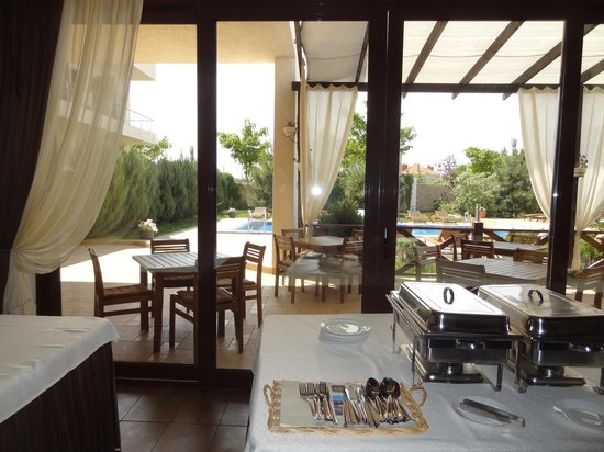Kapri Hotel: Открытая терраса