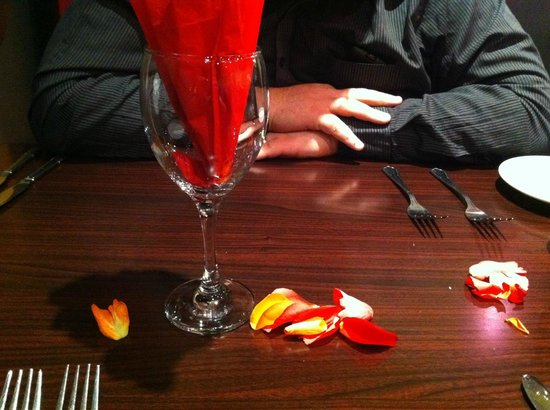 Sufian: valentines table decorations