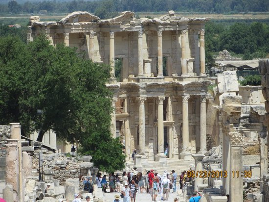 مدينة أفسس القديمة: The Ephesus Library