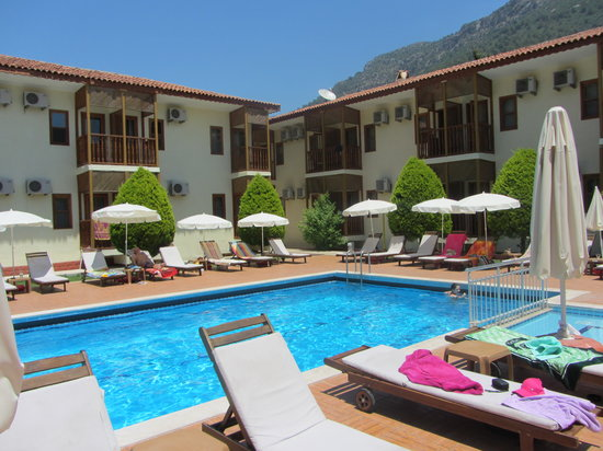 Hotel Ölüdeniz: lovely pool are