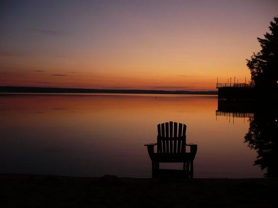 Totem Resorts: Another Beautiful Sunset