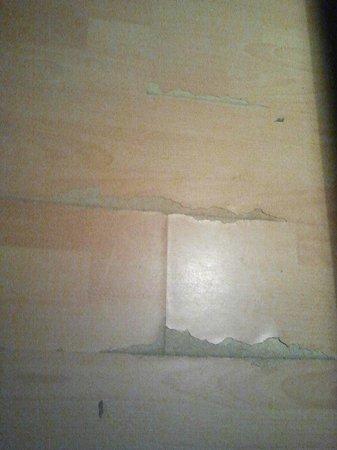 Comfort Appartementhaus Blümel: time-worn floor in my app(no201)