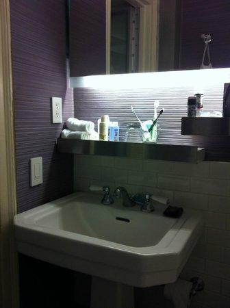 W New York: Bathroom