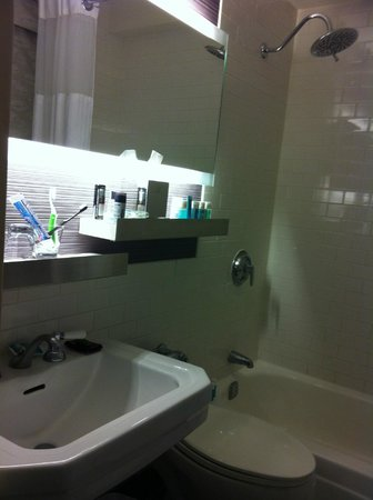 W New York: Bathroom detail